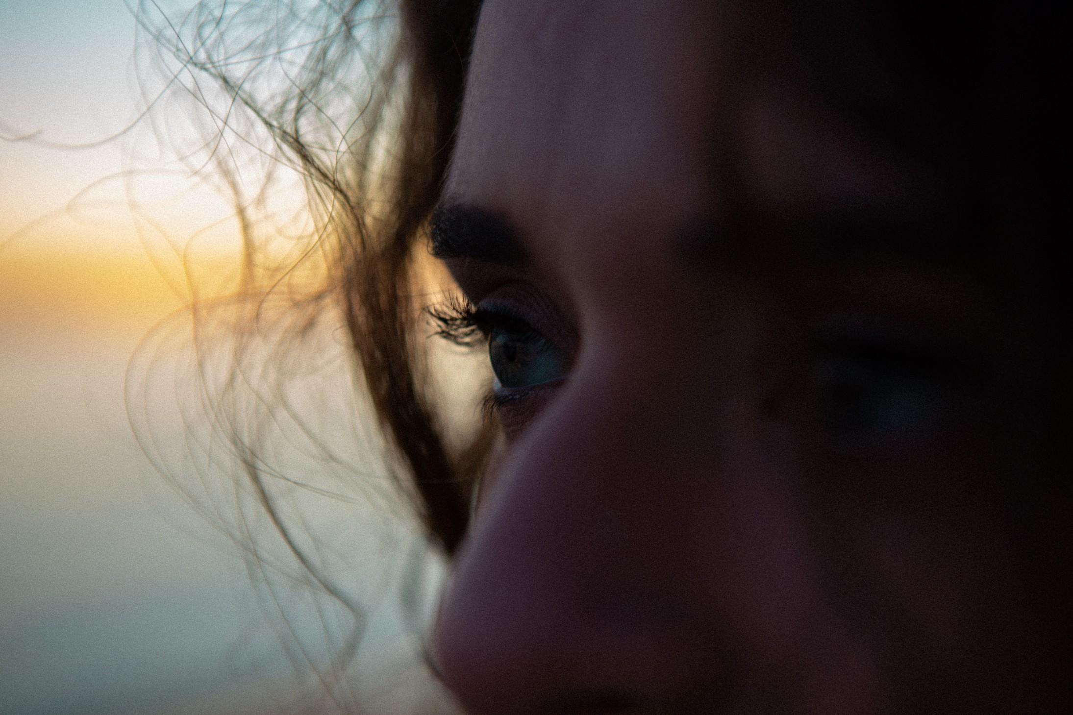 ritratto | donna | città | photoshoot | rhamely | profilo | torre annunziata | birthland | cortometraggio